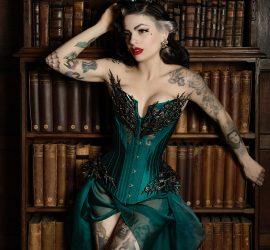Vairë teal corset